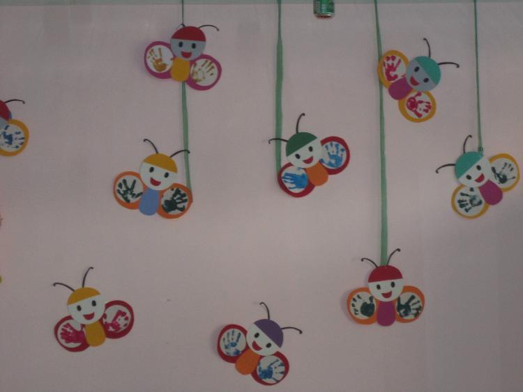 美术活动《手印画》-定远县粮食局幼儿园