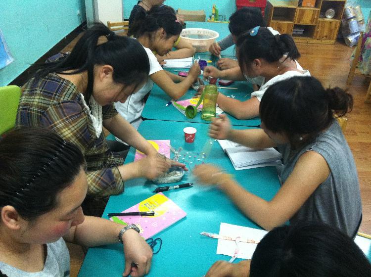 创意美术--纸浆画-仙居城星幼儿园