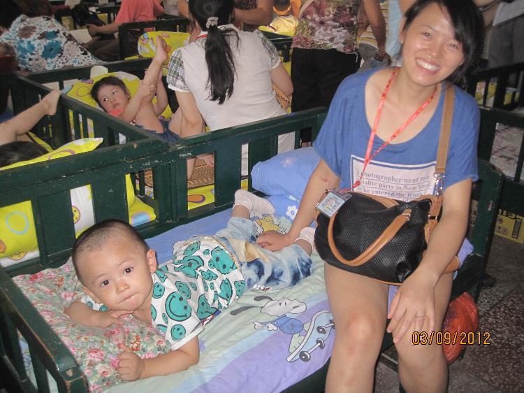 爸爸妈妈陪我上幼儿园-定远县粮食局幼儿园